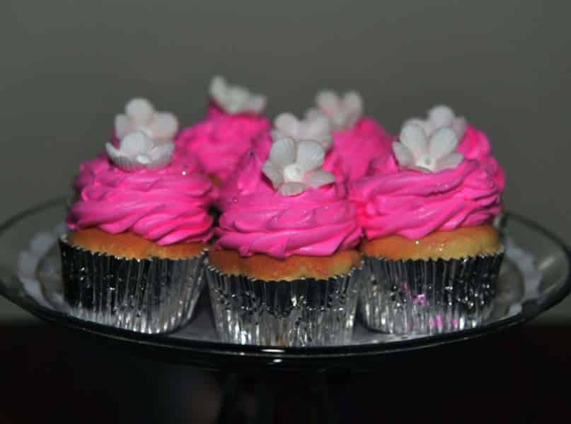 photo of cup cakes