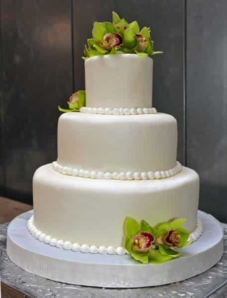 image of wedding cake