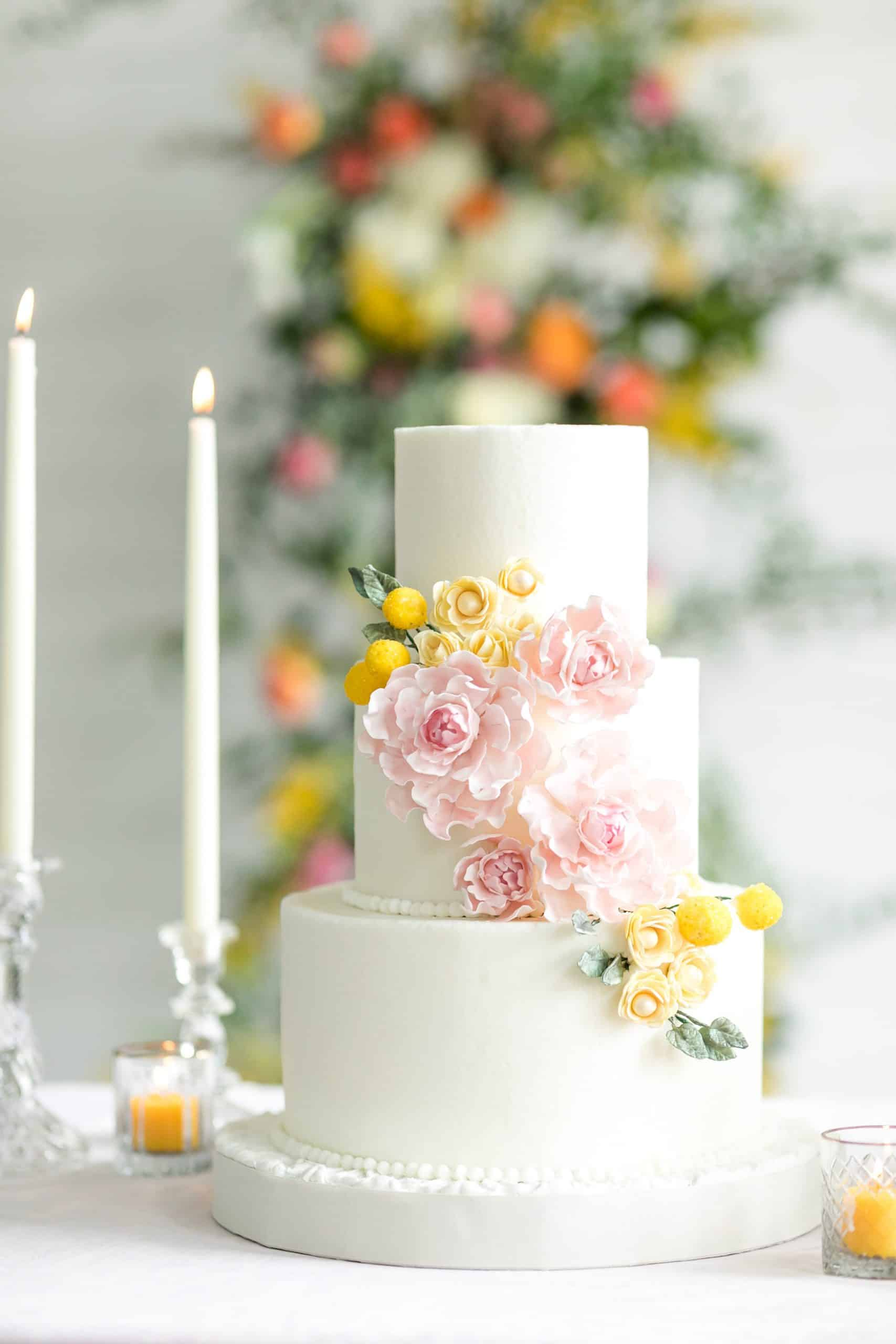 elegant flower wedding cake