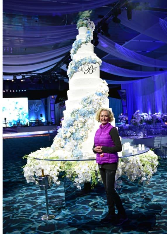 6 foot tall wedding cake